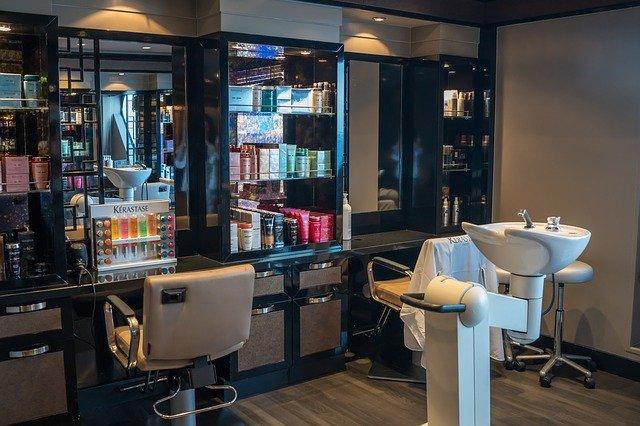kosmetický salon a kadeřnictví