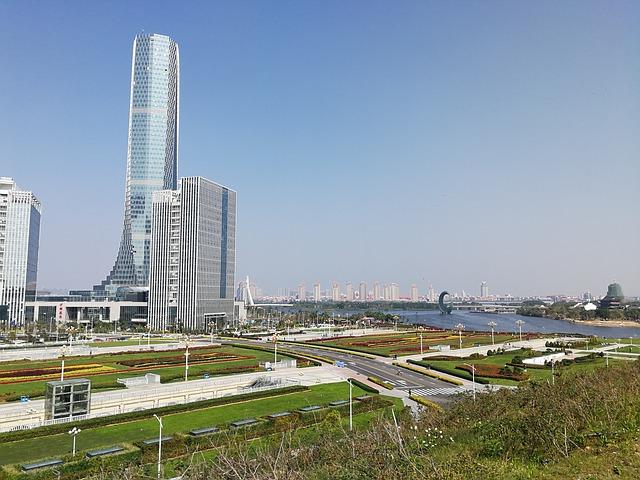 mrakodrapy ve městě